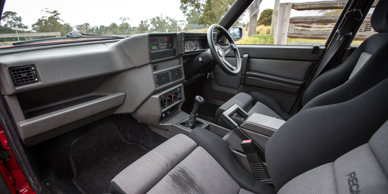 Click image for larger version  Name:2017-Alfa-Romeo-Giulia-v-Alfa-75-Twin-Spark-Old-vs-New-14.jpg Views:28 Size:2.80 MB ID:198662