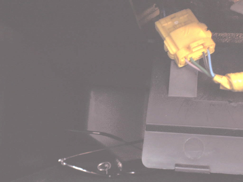 Click image for larger version  Name:ABS connector in glove box.JPG Views:44 Size:62.9 KB ID:72462