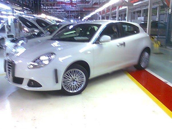 Click image for larger version  Name:Alfa Romeo Milano 4.jpg Views:31 Size:51.4 KB ID:67334