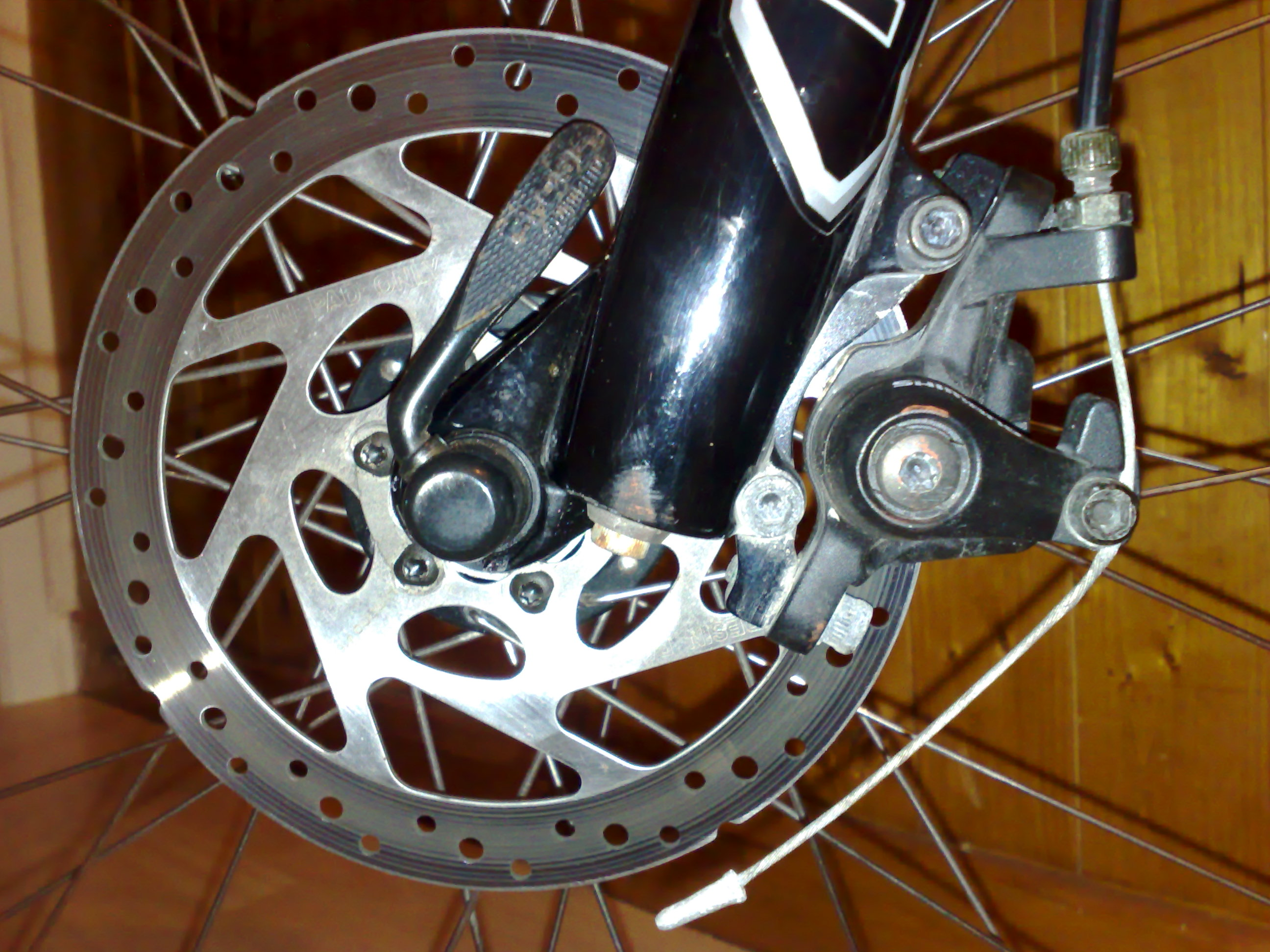 Click image for larger version  Name:bike disc front.jpg Views:26 Size:736.0 KB ID:45723