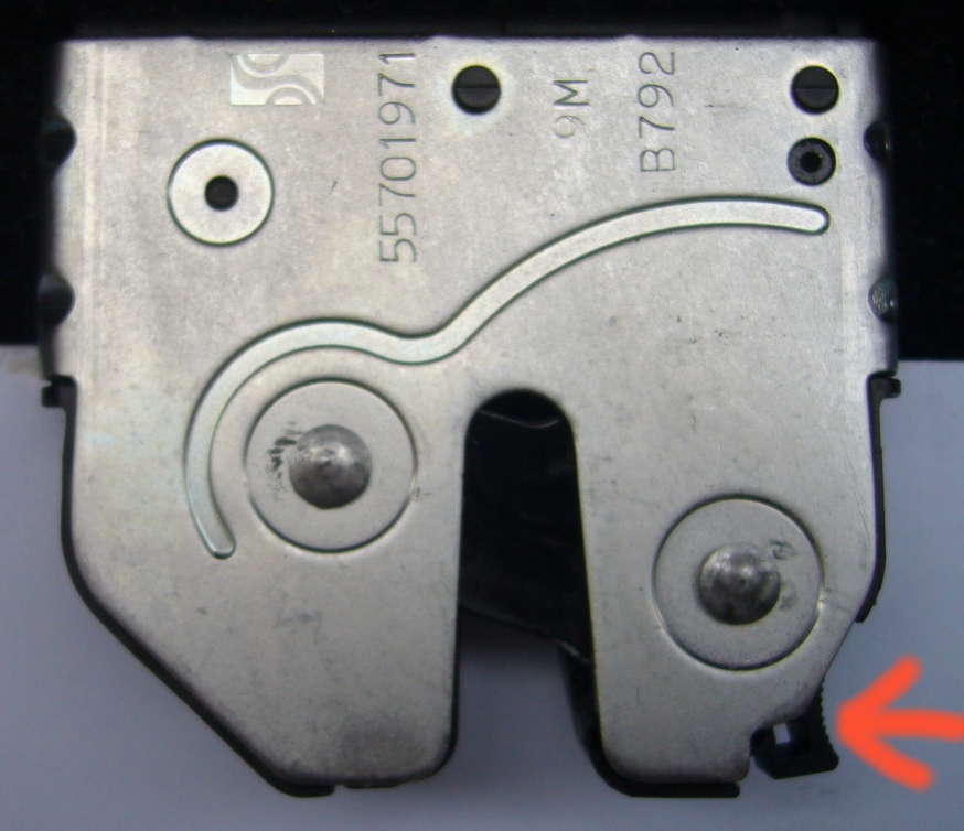 Click image for larger version  Name:Boot Latch.jpg Views:1156 Size:389.6 KB ID:81759