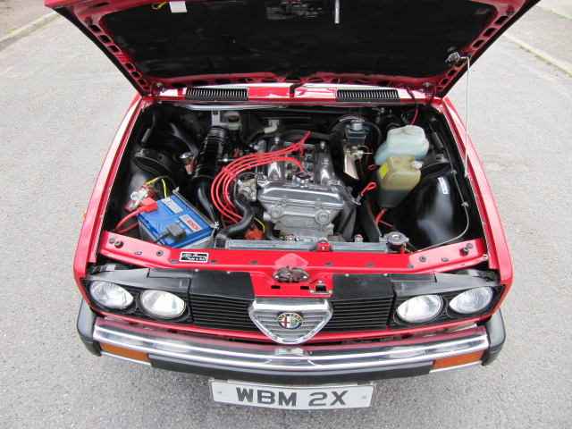 Click image for larger version  Name:engine bay long copy.jpg Views:22 Size:329.3 KB ID:168905