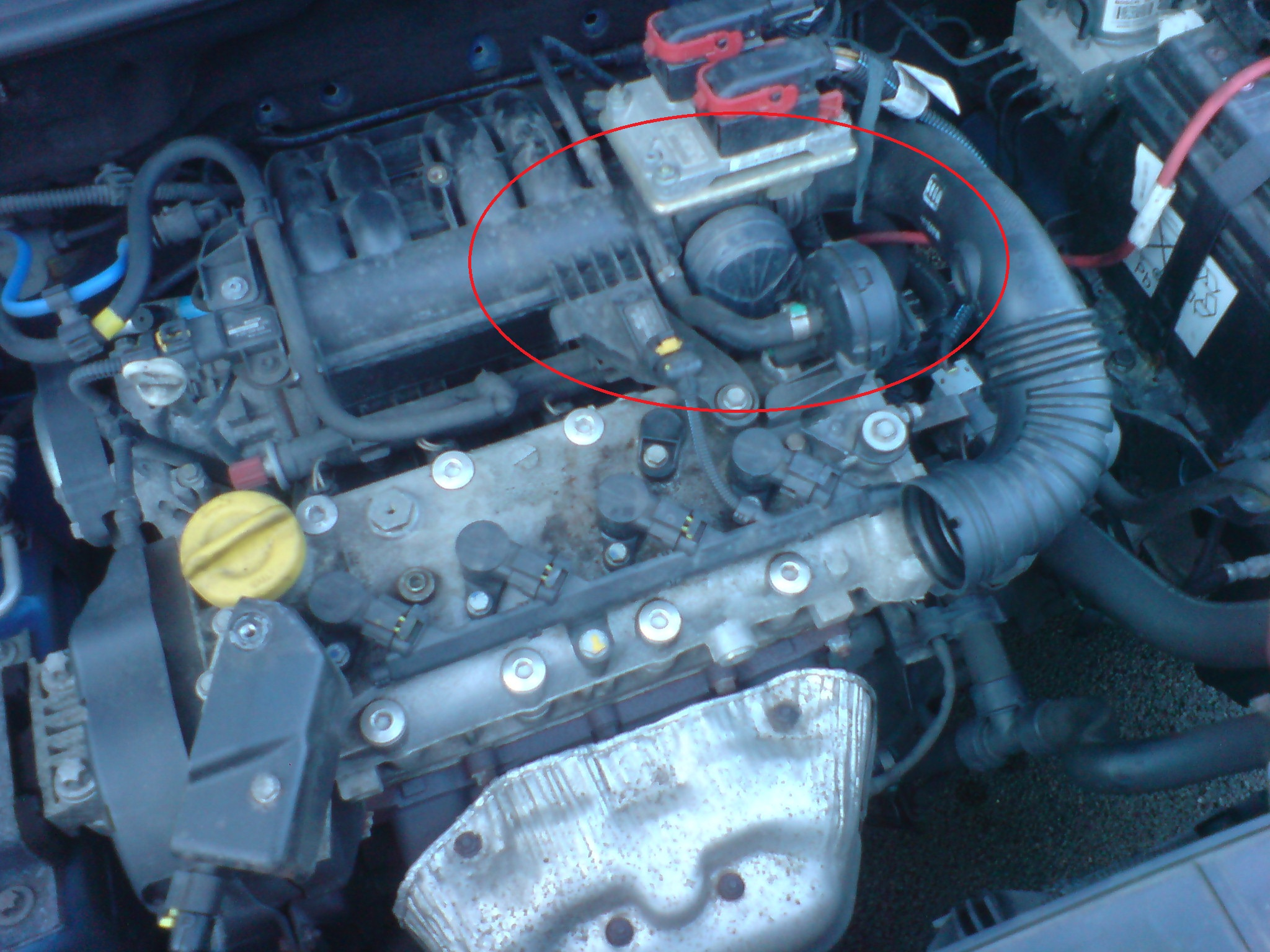 Click image for larger version  Name:engine what is that.jpg Views:27 Size:679.1 KB ID:94944