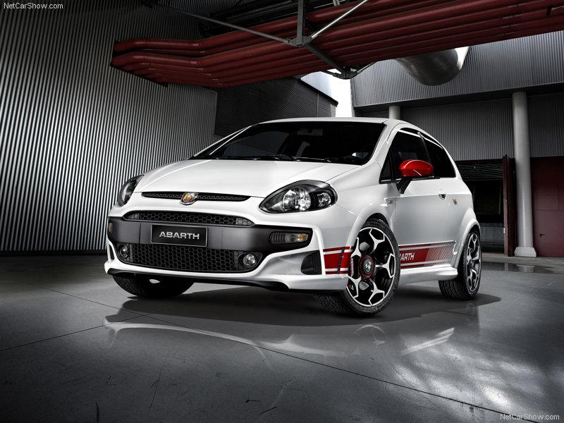 Click image for larger version  Name: <a href='http://www.fiatforum.com/autolink.php?id=1&script=showthread&forumid=53' target='_blank' title='Fabbrica Italiana Automobili Torino' class='gal'>Fiat</a>-Punto_Evo_Abarth_2011_800x600_wallpaper_01.jpg Views:56 Size:105.9 KB ID:74386