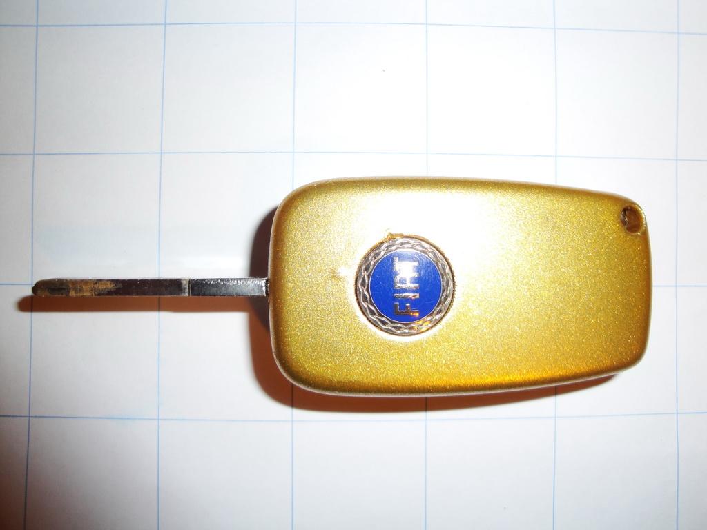 Click image for larger version  Name: <a href='http://www.fiatforum.com/autolink.php?id=1&script=showthread&forumid=88' target='_blank' title='Fabbrica Italiana Automobili Torino' class='gal'>Fiat</a> Stilo Key Refurbishment GOLD 11.jpg Views:305 Size:184.1 KB ID:98102