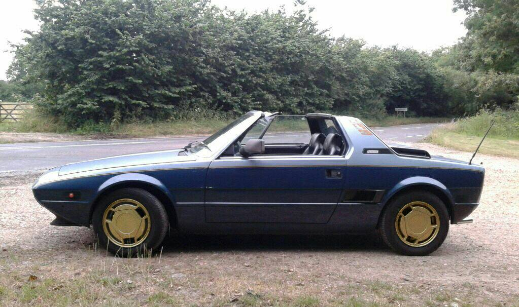 Click image for larger version  Name:Gold+wheels_zpsxs5iyzbi.jpeg Views:12 Size:117.1 KB ID:184212