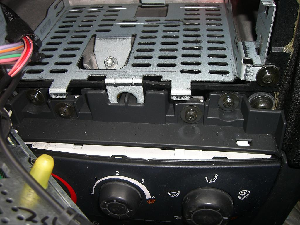Click image for larger version  Name:radio tray.JPG Views:319 Size:121.6 KB ID:28000