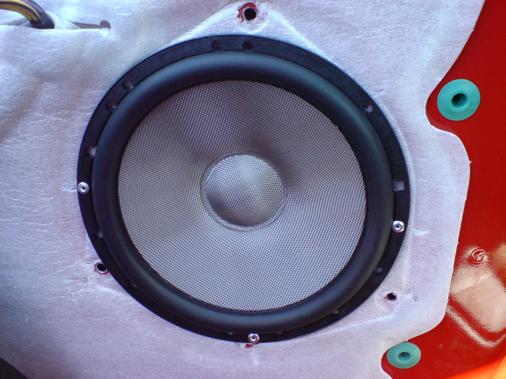 Click image for larger version  Name:speaker.jpg Views:1147 Size:236.6 KB ID:32091