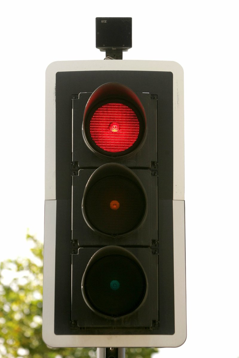 Click image for larger version  Name:traffic_lights.jpg Views:2 Size:74.9 KB ID:69729