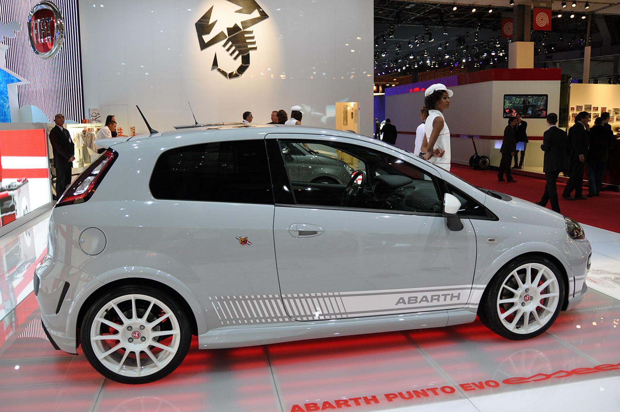 2011-Fiat-Punto-Evo-Abarth-EsseEsse-price1 - The FIAT Forum - Photo