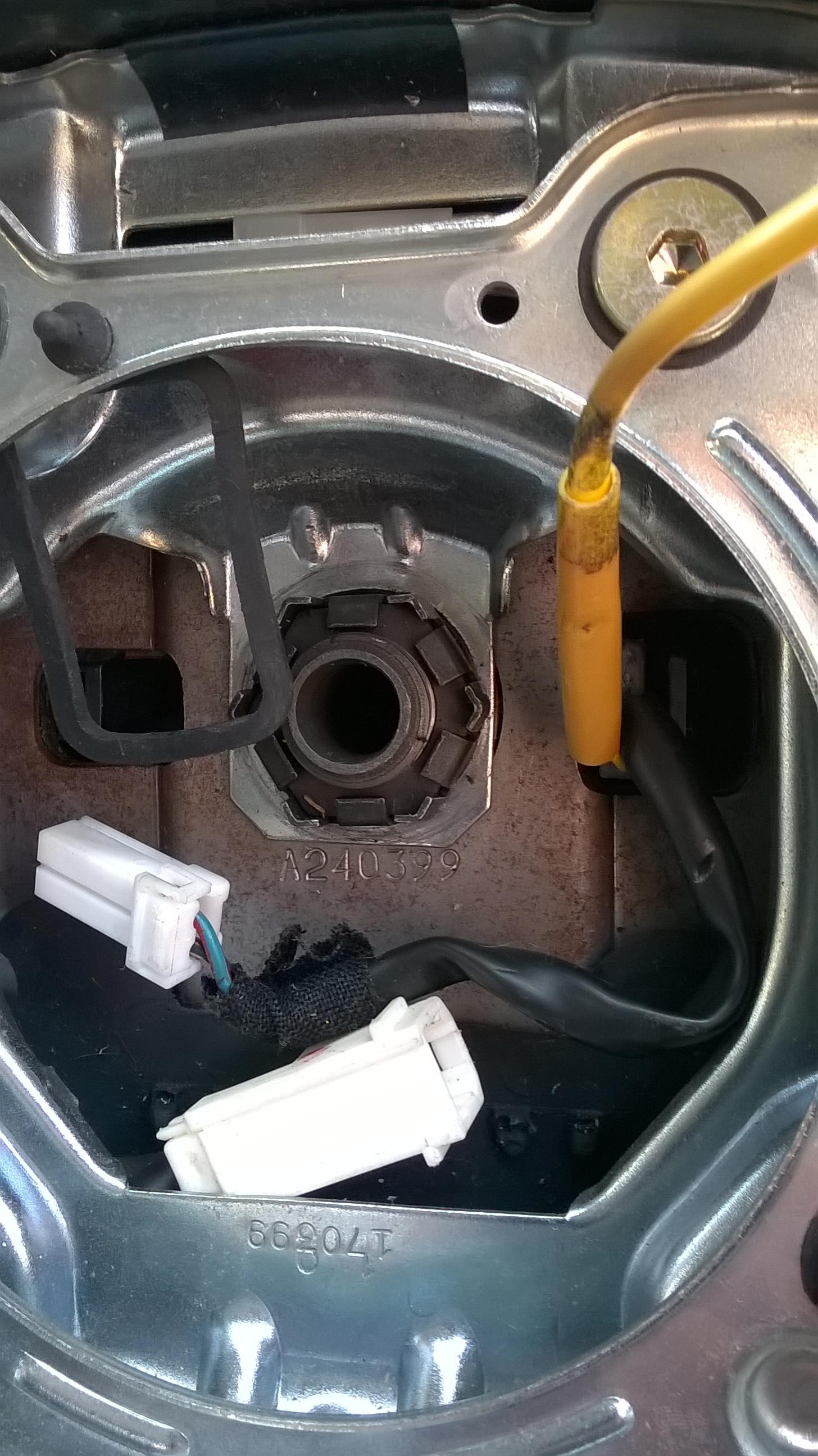 steering-wheel-nut-01
