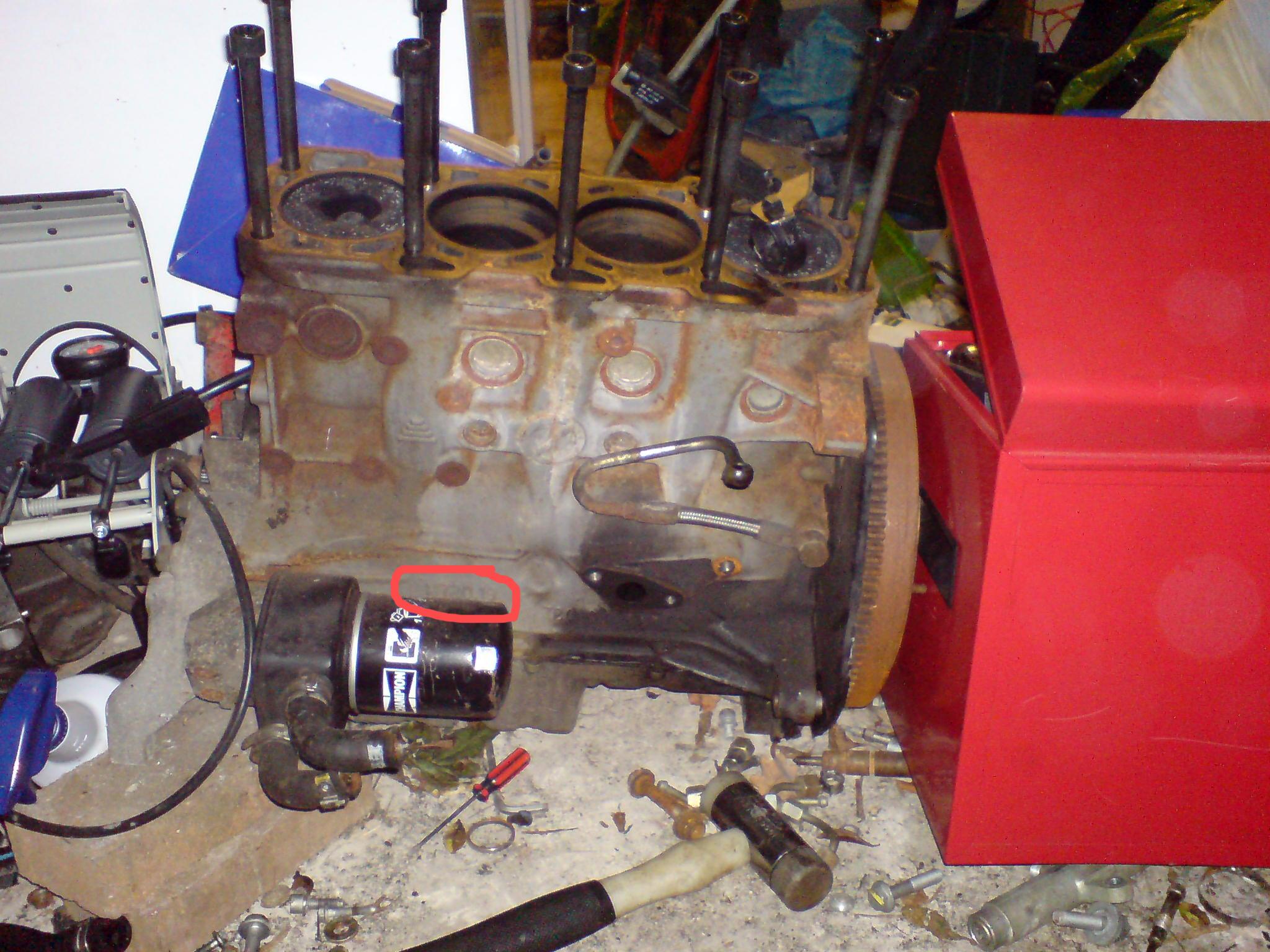 Egr Position Sensor besides 2005 Jeep Wrangler Tj 24l Engine Diagram besides Cuando Y  o Cambiar La Bateria Del Coche furthermore Firing order also E90 Fuse Box Layout. on fiat punto starter motor location