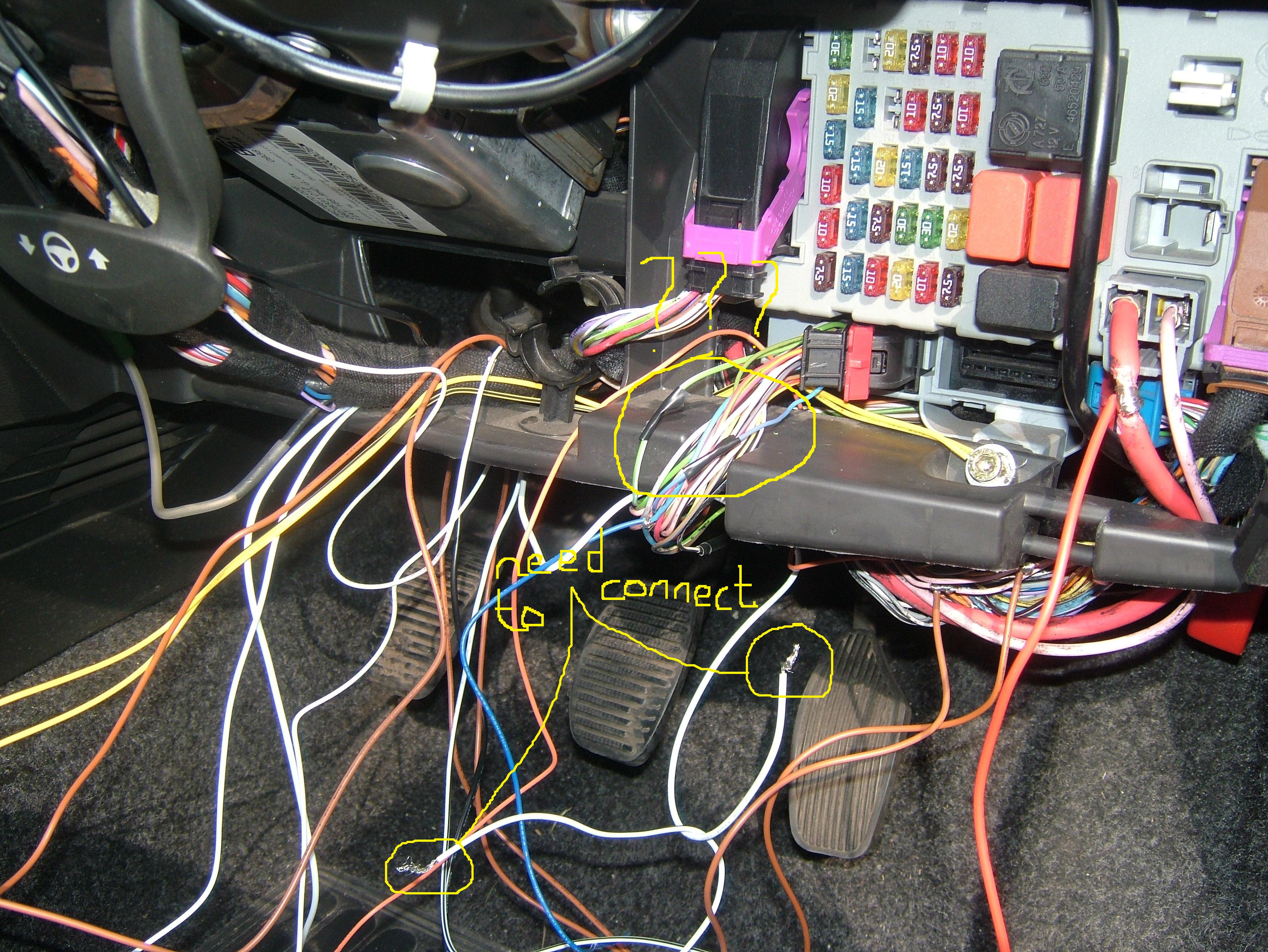 95 Honda Civic 1 6 Vtec Engine Diagram moreover Ford Focus 10 Ecoboost 2012 Review in addition Page 13 further 124113 Suspect Fuel Pump Failure 1999 S 60 A likewise Car Pre Fuse Box. on fiat 500 fuse box location